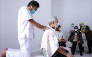 Kunjungi SKA Kartini, Ganjar-Risma Borong Kerajinan Karya Difabel