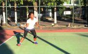 Juara 1 dan Ganda Turnamen Tenis di Unesa, Chantika Andalan di Porprov