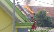 Cerobong Asap PT Rachbini Leather Rusak Terbakar