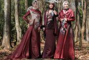 Etuda Enggana, Cantik Nan Eksotik dengan Batik Tulis Kutai Timur