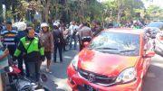 Kabur Naik Mobil, Pencuri Kotak Amal Ini Ditangkap Warga dan Dimassa
