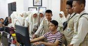 Jurnalis MTS NU Terate Belajar Jurnalistik ke Radar Surabaya