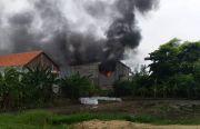 Pabrik Scaffolding Terbakar, Satu Karyawan Tewas