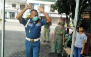 Warga Bangun Pos, Semprot Disinfektan Mandiri Pengunjung Perumahan