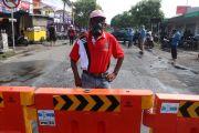 Warga Rungkut Menanggal Blokade Jalan Cegah Wabah Covid-19