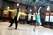 Dansa Ballroom Tak Asal Gerakkan Tubuh, Ada Pakemnya