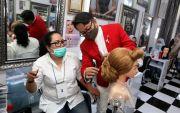 Sanggul Rambut untuk Wisuda, Messy Cocok untuk Anak Muda