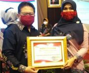 Perempuan Tani HKTI Jatim Raih Penghargaan dari DP3AK