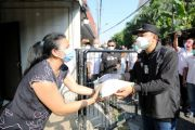 Pemkot Bagi 6000 Paket Sembako Door to Door ke Warga Terdampak PPKM