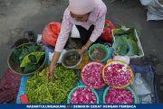 Kenaikan Harga Bunga Tabur Jelang Ramadan