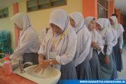 Cuci Tangan Sebelum Ikut UNBK SMK