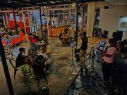 Panorama, Kuliner, dan Live Musik
