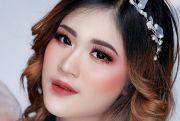 Make Up Flawless Bold, Enggak Menor, Namun Tetap Berkelas