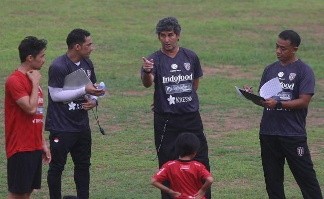 Daftarkan 30 Pemain di AFC Cup, Begini Respons Tak Terduga Coach Teco