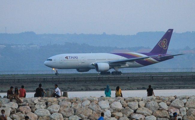 Turis Keluhkan Harga Tiket Pesawat Ke Bali Mahal Ini Respons Kadispar