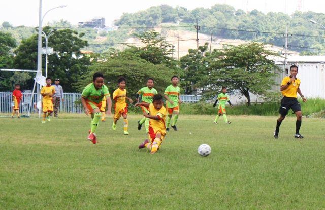 Serunya Turnamen Sepak Bola Mini Untuk Siswa Sd Dan Mi