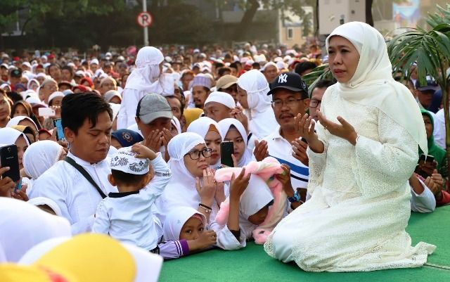 Peringati Hari Santri Khofifah Ajak Masyarakat Doa Bersama