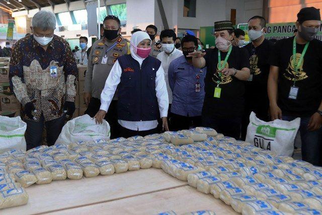 Sediakan Kebutuhan Sembako, Lumbung Pangan Jatim Diserbu Warga